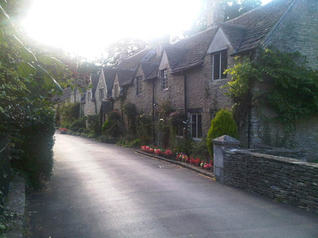 Castle Combe – This English village is perfect!