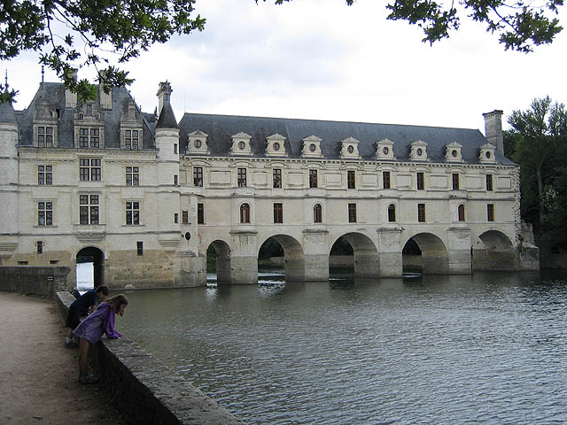 Catherine de Medici – Chateau Chenonceau: Reclaimed after her husband's death from his mistress, Diane de Poitiers, Catherine had the gallery (shown in photo) built on Diane de Poitiers' bridge. During the First World War, it was used as a hospital.