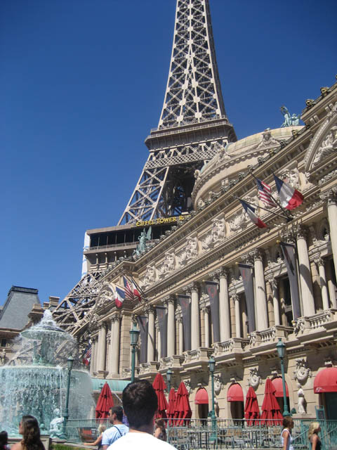 Las Vegas Paris Hotel – You KNOW I had to take a picture or two of this one. *smiles*