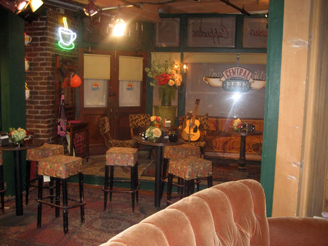 "Warner Bros. Studio—Furniture from ""Central Perk"", the famous coffeehouse in FRIENDS."